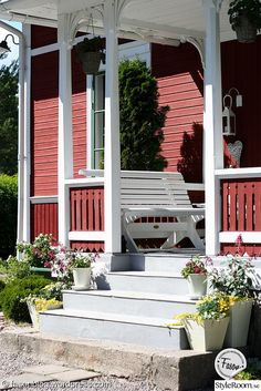 Pool Plants, Swedish Cottage, Red Houses, House Entrance, Interior Exterior, Cottage Homes, Country Style, Future House, Building A House