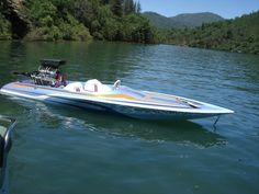 This is one of the last Sanger runner bottoms built. We still run this boat at Lake Shasta. The boat is for sale. Fast Boats, Cool Boats, Small Boats, Wooden Speed Boats, Wooden Boats, Cool Boat Names, Drag Boat Racing, Boat Wallpaper, Flat Bottom Boats