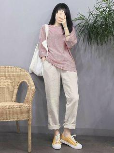 Korean Girl Fashion, Korean Fashion Trends, Ulzzang Fashion, Korean Street Fashion, Korea Fashion, Asian Fashion, Look Fashion, Fashion Outfits, Fashion Ideas