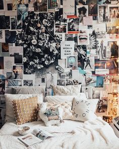 "146.4 mil curtidas, 158 comentários - Urban Outfitters (@urbanoutfitters) no Instagram: ""@tezzamb's wall is all the inspiration we need today. Shop the No Bad Days Pillow, SKU #36723328.…"""