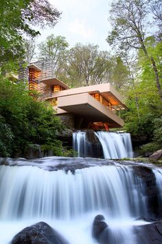 Four Questions About Frank Lloyd Wright's Fallingwater - WSJ.