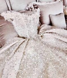 Plus Size Prom Dress, Elegant beach wedding dresses boho chic bride dress Shop plus-sized prom dresses for curvy figures and plus-size party dresses. Ball gowns for prom in plus sizes and short plus-sized prom dresses Boho Chic Wedding Dress, Boho Dress, Wedding Gowns, Trendy Wedding, Bridal Gown, Bridal Dresses, Wedding Ideas, Pretty Dresses, Beautiful Dresses