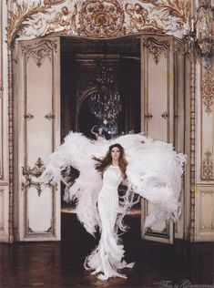 Gisele in Chanel for Harper's Bazaar #glamorous #fashion #editorial #magazine #photoshoot #photograph #outfit #hautecouture #couture #gown #details #model #feathers #white