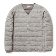 <p><span>The down cardigan is Nanamica's take on a wardrobe staple. Using their expertise of functional materials, the cardigan is down filled.</span></p>
