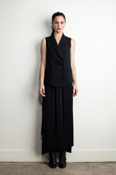 Band of Outsiders Pre-Fall 2013.  Model - Marinet Matthee.