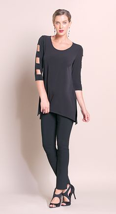 CUT-OUT SLEEVE TUNIC