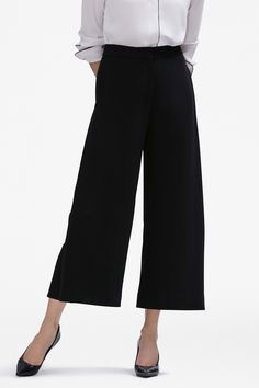 Hesitant about culottes? Allow yourself to be persuaded by the Zhou pant. An understated pleat at each side-seam creates a sleek, flattering line, and the roomy cut of our satin-back crepe puts a fluid swish in your step.