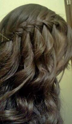 Waterfall braid tutorials and how to do waterfall braid videos are all here. Many different video tutorials for you to do waterfall braid for your hair. Waterfall Braid With Curls, Waterfall Braid Tutorial, Braids With Curls, Waterfall Twist, Waterfall Hairstyle, Box Braids, Pretty Hairstyles, Braided Hairstyles, Teenage Hairstyles