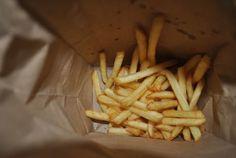 fries at the bottom of the bag are the best, duh Chandler Bing, Rachel Green, Catty Noir, Phoebe Buffay, E Dawn, Nick Miller, Back Home, Mbti, Haikyuu