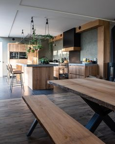 Keuken Spijkerboor - NB Interieurwerken Industrial Kitchen Design, Modern Farmhouse Design, Farmhouse Kitchen Decor, Kitchen Interior, Küchen Design, Interior Design, Dream Home Design, Lofts, Home Living Room