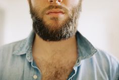 i seriously die for beards.. #damn