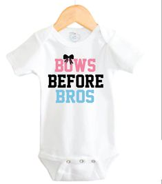 Little Adam & Eve Onsie Bows Before Bros-Size MonthsThis Adorable Bows Before Bros Onesie is perfect for that new little one in your life! This Cute Baby Girl Onesie will bring smiles to everyones faces! This super cute baby girl onesie will be My Baby Girl, Baby Girl Newborn, Baby Girls, Girls Bows, Girly Girl, Leyla Rose, Funny Babies, Cute Babies, Paisley