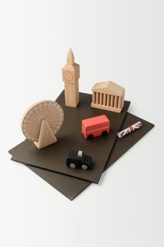 London Toy-Town - anthropologie.eu