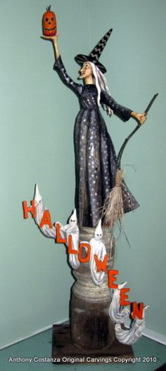 Gorgeous woodcarving by Anthony Costanza.love his work Whimsical Halloween, Halloween Doll, Halloween Witches, Halloween Pictures, Halloween Projects, Holidays Halloween, Vintage Halloween, Halloween Ideas, Halloween Decorations