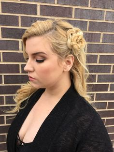 gentle waves + braided rosette with pretty pink eye makeup | hair + makeup by goldplaited