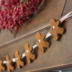 Gingerbread men garland - An easy sweet little handmade idea.