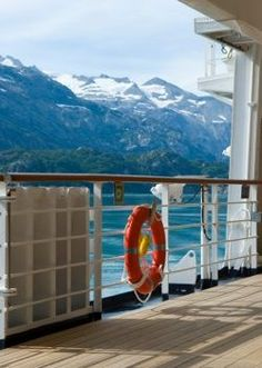 Alaska Cruise Packing List - From Glitz to Gumboots, Alaska Cruise Tips
