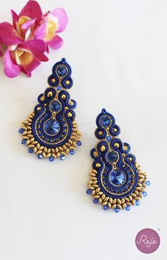 awesome Soutache jewelry, soutache earrings, chandelier earrings, royal blue earrings, h. Soutache Tutorial, Earring Tutorial, Soutache Earrings, Blue Earrings, Earring Trends, Shibori, Beaded Embroidery, Handmade Necklaces, Beading Patterns