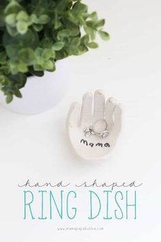 Hand-Shaped Ring Dish (from Mama.Bubba) Hand-Shaped Ring Dish (from Mama. Best Mothers Day Gifts, Mothers Day Crafts For Kids, Mother Gifts, Diy For Kids, Gifts For Kids, Baby Crafts, Toddler Crafts, Fun Crafts, Decor Crafts