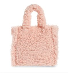 STYLECASTER | Winter Bag Trends | bag trends winter 2021 | bag trends 2021 | bag trends | trendy bags | teddy bags | sherpa bags Quilted Bag, Quilted Leather, Black Crossbody, Leather Crossbody Bag, Crocodile Rock, Latest Shoe Trends, Black Puffer, Cute Purses, Grab Bags