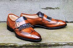 Correspondent Shoes2