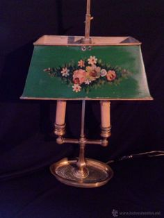 Lámpara años 20 con dos brazos BRONCE y pantalla de metal pintada a mano. FUNCIONANDO