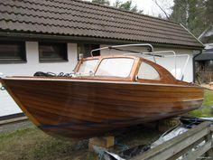 Nyt myynnissä Mahonkivene tuulilasivene moottorivene tuulilasivene - Pori, Satakunta. Klikkaa tästä kuvat ja lisätiedot.