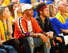 Neymar và Lewis Hamilton chiến thắng trận chung kết NBA - Trung tâm thể thao tuổi trẻ