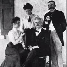 Mark Twain with Helen Keller. Wow this is epic