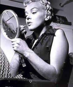 Marilyn Monroe by Philippe Halsman 1952