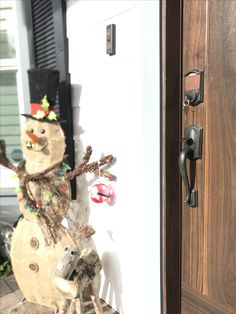 Happy holidays with Lincoln Locksmith! Upgrade your locks today and make your holidays more safe and memorable!  #tarzana #locksmith #locallocksmith #mobileservice #HappyHolidays #MerryChristmas #lincolnlocksmith