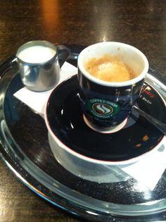 A ma reggeli jól megérdemelt feketém Coffee Culture, Budapest, Houses, Tableware, Homes, Dinnerware, Tablewares, House, Place Settings
