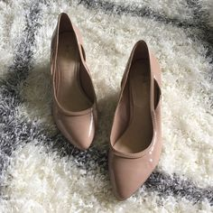 HP Sole Society nude wedges Cute nude wedges with cute out details on the sides. Some signs of wear in the outside of the right shoe and toe of the left shoe as pictured. Will go with anything and everything! Chosen as a Host Pick for the Spring Preview Party on 2/11/16! Sole Society Shoes