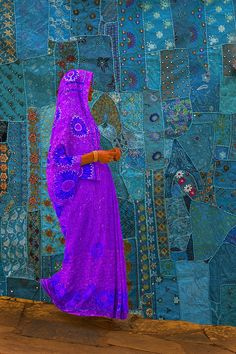 Woman & Tapestry, Jodphur, India