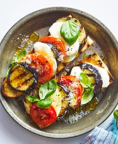 Grilled Eggplant Tartines - - This meatless main dish is like eggplant Parmesan, bruschetta, and caprese all in one. Grilling Recipes, Cooking Recipes, Healthy Recipes, Vegetarian Grilling, Healthy Eggplant Recipes, Vegetarian Entrees, Healthy Grilling, Cooking Tips, Jai Faim