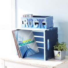 Craft a crate that ROCKS!
