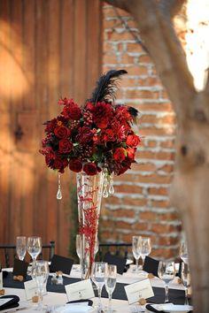 Red roses are so romantic!  http://thevillasjc.com/
