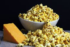 5 Minute Microwave Cheddar Cheese Popcorn (Perfect for Movie Nights!) - Dinner, then Dessert Popcorn Toppings, Cheese Popcorn, Popcorn Recipes, Milk Recipes, Snack Recipes, Cooking Recipes, Popcorn Gift, Pop Popcorn, Winter Food