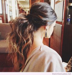 Cute Ponytail Hairstyles You Need to Try Messy Low Ponytail MoreMessy Low Ponytail . Messy Low Ponytails, Messy Ponytail Hairstyles, Full Ponytail, Old Hairstyles, Perfect Ponytail, Wedding Hairstyles, Ponytail Ideas, Voluminous Ponytail, Straight Ponytail