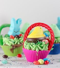 Create Mini Easter Basket cupcakes Peeps mini Easter Basket cupcakes, g Easter Activities, Easter Crafts For Kids, Easter Recipes, Holiday Recipes, Holiday Foods, Holiday Time, Cupcake Recipes, Dessert Recipes, Cupcake Ideas