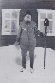 Ähtärin historiaa - Riikku-Heikki oli pitäjän tunnettu saarnamies, jota vieläkin muistellaan. Archive, Album, Historia, Card Book