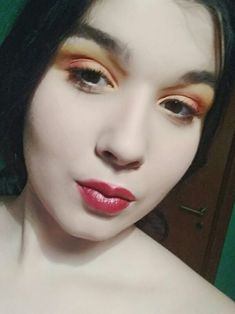 A makeup look, inspired by the colors of the sunset
