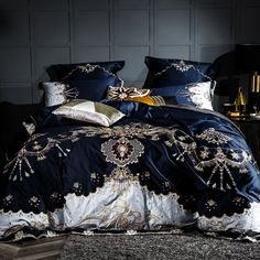 Luxury Comforter Set With Embroidery of Egyptian Cotton in Luxury Bedding Set With 1000 Thread Count In Luxury Duvet Cover Set and Egyptian Cotton Bedding Sets – Prominent Emporium Purple Bedding Sets, Blue Duvet, Cheap Bedding Sets, Cotton Bedding Sets, Cotton Sheets, Black Bedding, King Size Bed Sheets, King Size Bedding Sets, Comforter Sets