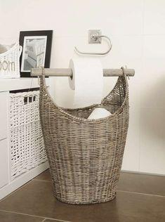 """Rustic Rattan Toilettenpapierhalter """"Toilettes"""" mit abnehmbaren Deckel und Tragegriff, praktisch und echter Hingucker zugleich."""