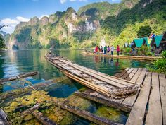 Khao Sok national park in Thailand. Thailand Honeymoon, Thailand Travel, Asia Travel, Parc National De Khao Sok, Bangkok, Culture Travel, Oh The Places You'll Go, Vacation Destinations, Day Trips