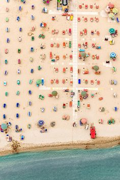 Photographer Bernhard Lang, whose work we featured previously went on vacation at a seaside resort in Adria, Italy a few years ago where he was. Flying Lessons, Foto Art, Birds Eye View, Aerial Photography, Scenic Photography, Night Photography, Abstract Photos, Seaside Resort, Abstract Shapes