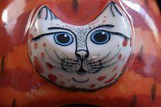 Erandi - Ceramic moon cat