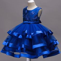 Kids Dress Wear, Kids Gown, Girls Party Dress, Frocks For Girls, Little Girl Dresses, Girls Dresses, African Dresses For Kids, African Fashion Dresses, Baby Girl Dress Patterns
