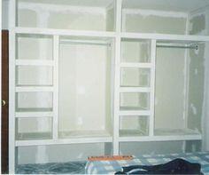 Kitchen or closet with tablaroca