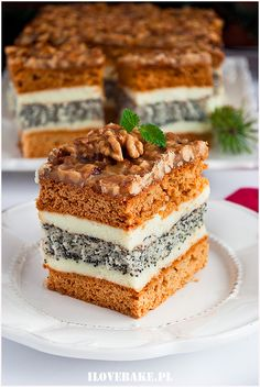 orzechowiec Polish Desserts, Polish Recipes, No Bake Desserts, Dessert Recipes, Russian Cakes, Unique Desserts, New Cake, Russian Recipes, Eat Dessert First